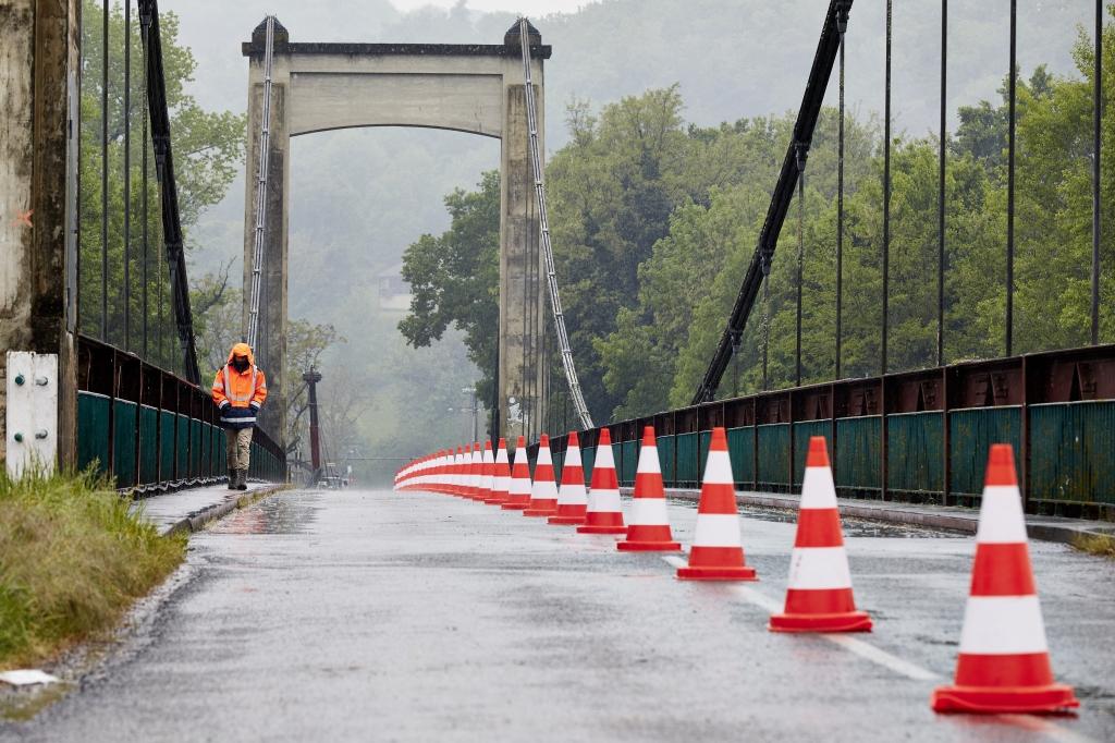 chantier pont carennac.jpg